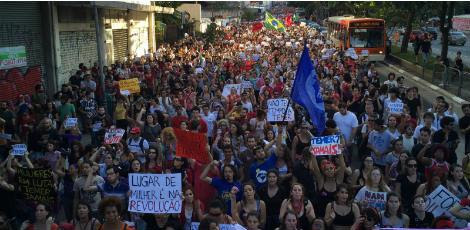 Manifestantes gritaram palavras de ordem contra o governo de Michel Temer / Foto: Paulo Pinto/ Agência PT