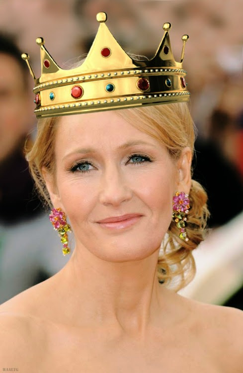 http://meganmcrae12.files.wordpress.com/2012/09/queen-rowling.jpg