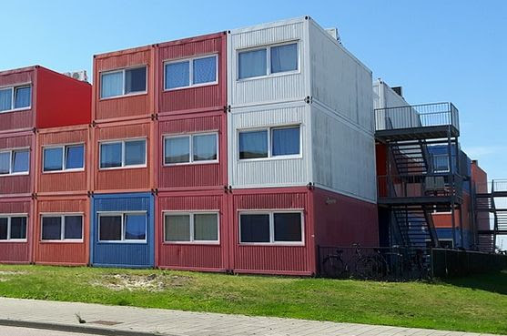 shipping container houses noodhuis 1