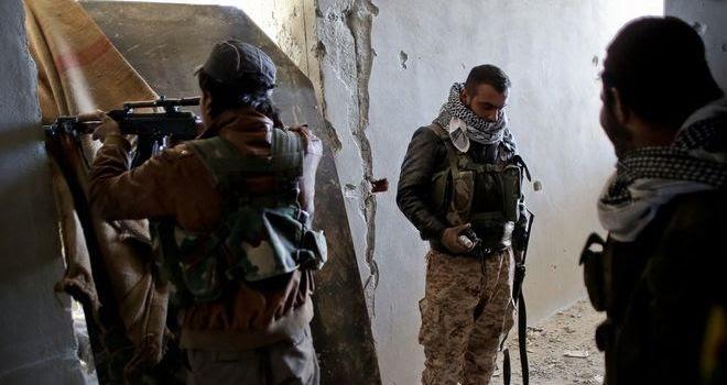 Washington volta le spalle ai principali nemici dell'ISIS