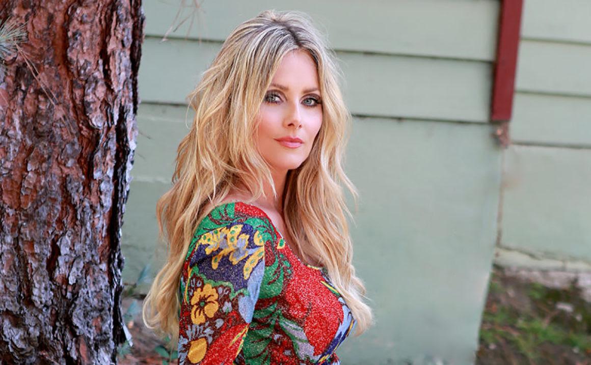 60s Sharon Tate Makeup Tutorial Fashionisers