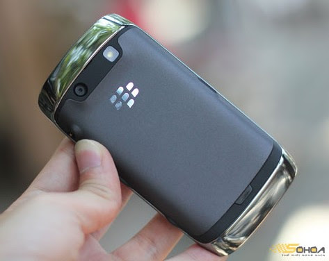 blackberry touch monza 9860