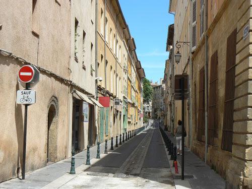 ruelle Aix.jpg