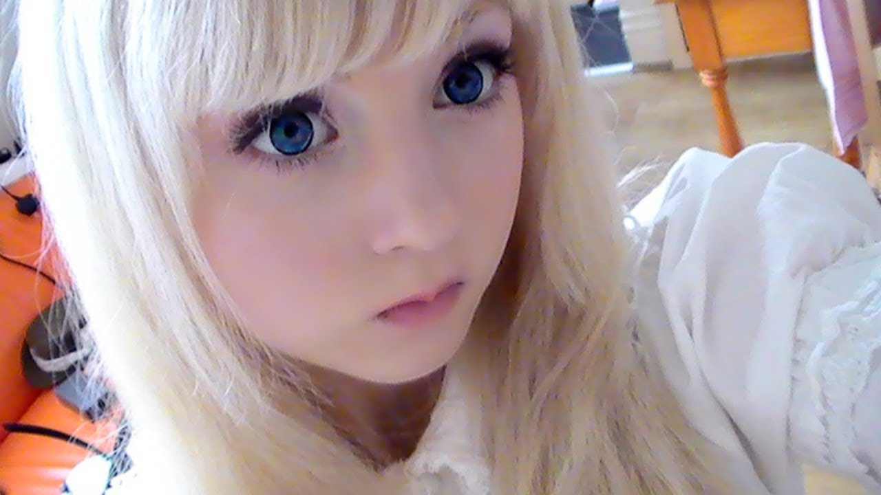 How to look like a doll (make up) - YouTube