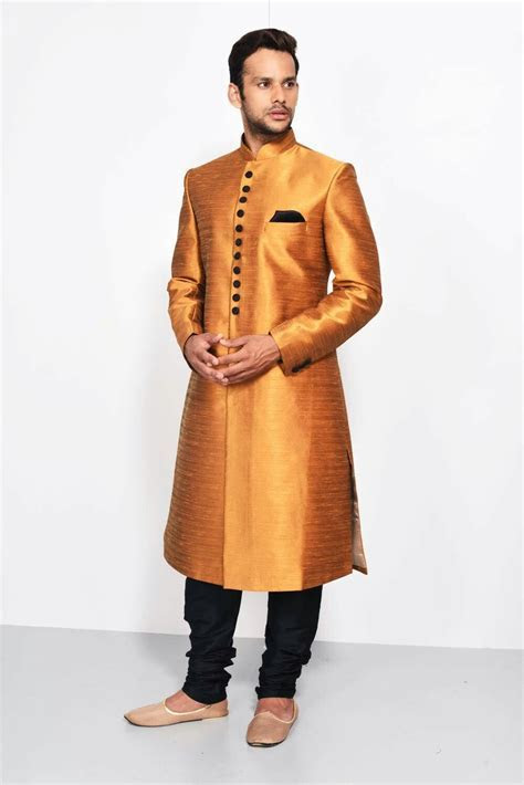 India's largest fashion rental service   Ethnic Wear for