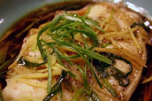 kiki rice: Cá Tuyết Hấp Gừng Hành