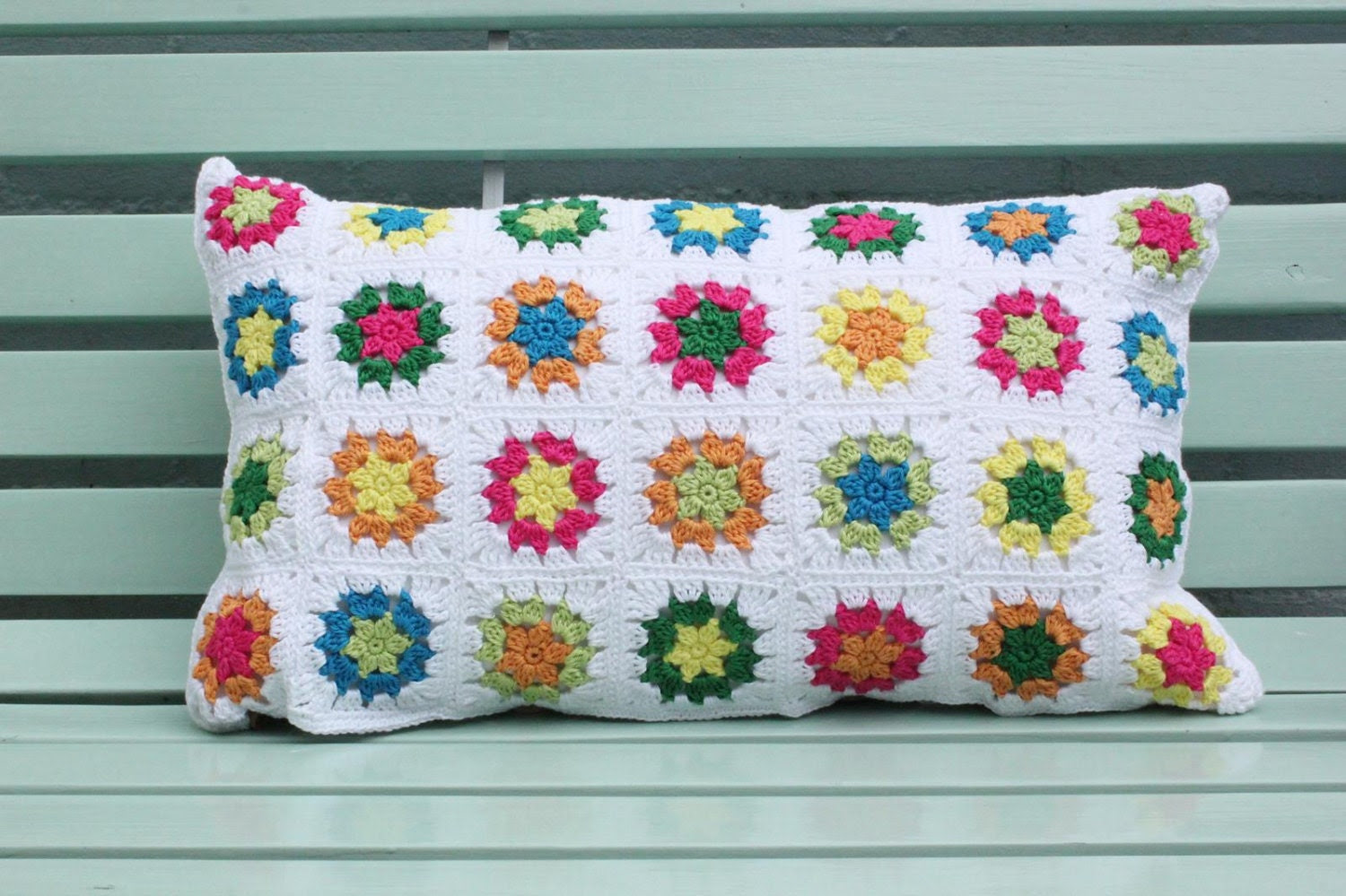 summery crochet granny square cushion cover - Anitareus