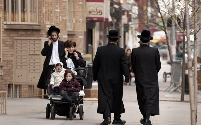 Dezenas de centros judeus nos EUA relatam 2ª onda de ameaças a bomba