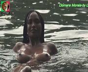 Ciomara Morais nua no filme A ilha dos cães
