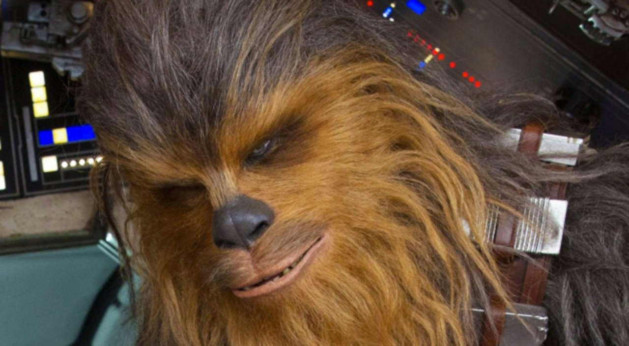 http://media.comicbook.com/2017/02/han-solo-chewbacca-new-233915-1280x0.jpg