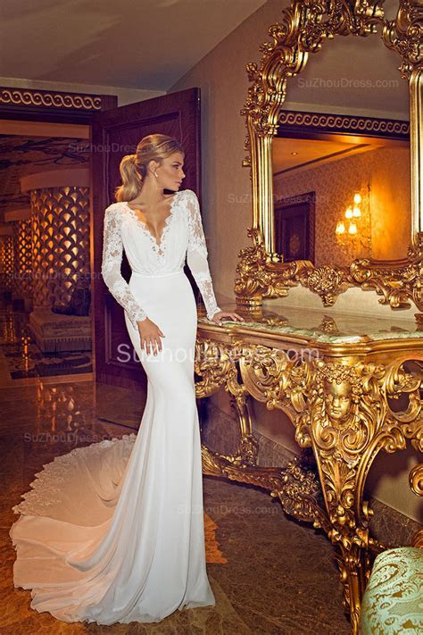 Chapel Train V Neck Mermaid Wedding Dress 2019 Long Sleeve