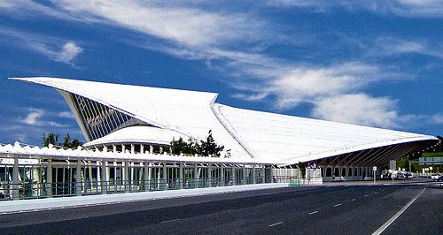 Aeropuerto de Sondica, Bilbao, Spain, by jmhdezhdez.com