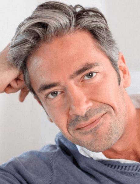 37-jähriger mann mit einer 50-jährigen frau
