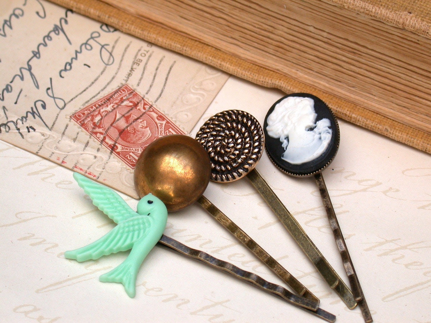 A Touch of Vintage  - A Set of 4 Fabulous Vintage Items and Buttons Hair Bobby Pins