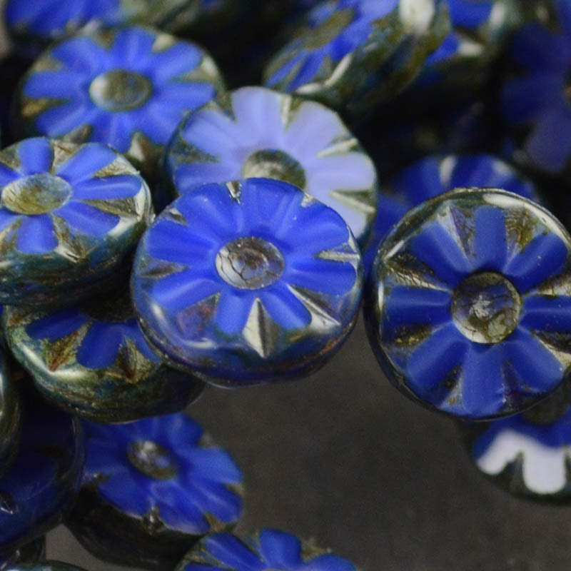 s35914 Glass Flowers - 12 mm Pressed Wild Flowers - Lapis (1)