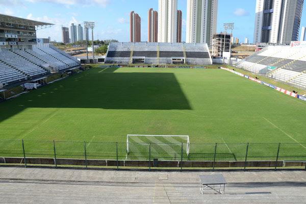 """""""Padrão Fifa"""", estádio Frasqueirão volta a receber treinamentos do ABC após a Copa do Mundo"""