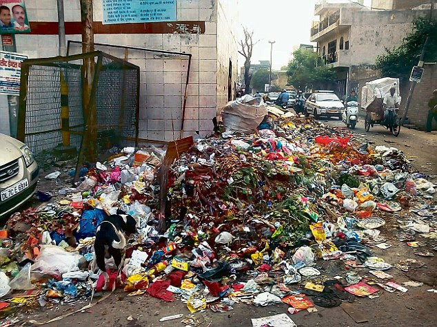 As the strike by the sanitation workers of East Delhi municipal corporation continues, garbage has been piling up on the streets and is proving to be a major hassle for residents
