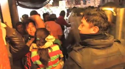 Uno de los granaderos que golpearon a civiles. Foto: Tomada de Youtube
