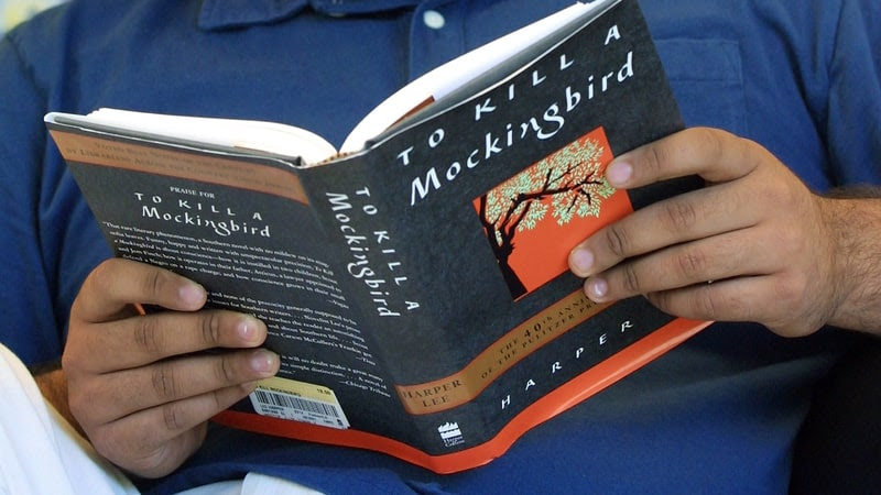 """Mississippi School District Pulls To Kill A Mockingbird For Making People """"Uncomfortable"""" by CBS News"""