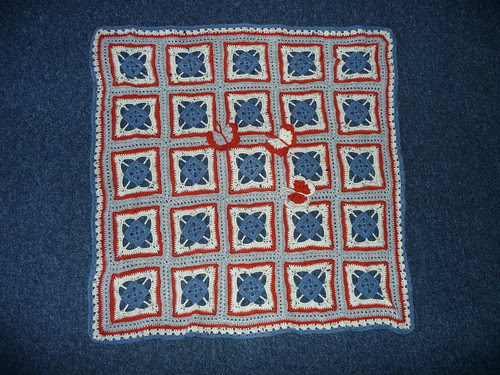 This Blanket has very kindly been made and donated by Craftymizz (Steph) (UK)