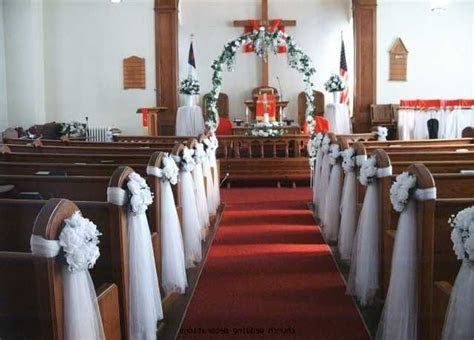 Best 25  Wedding chapel decorations ideas on Pinterest