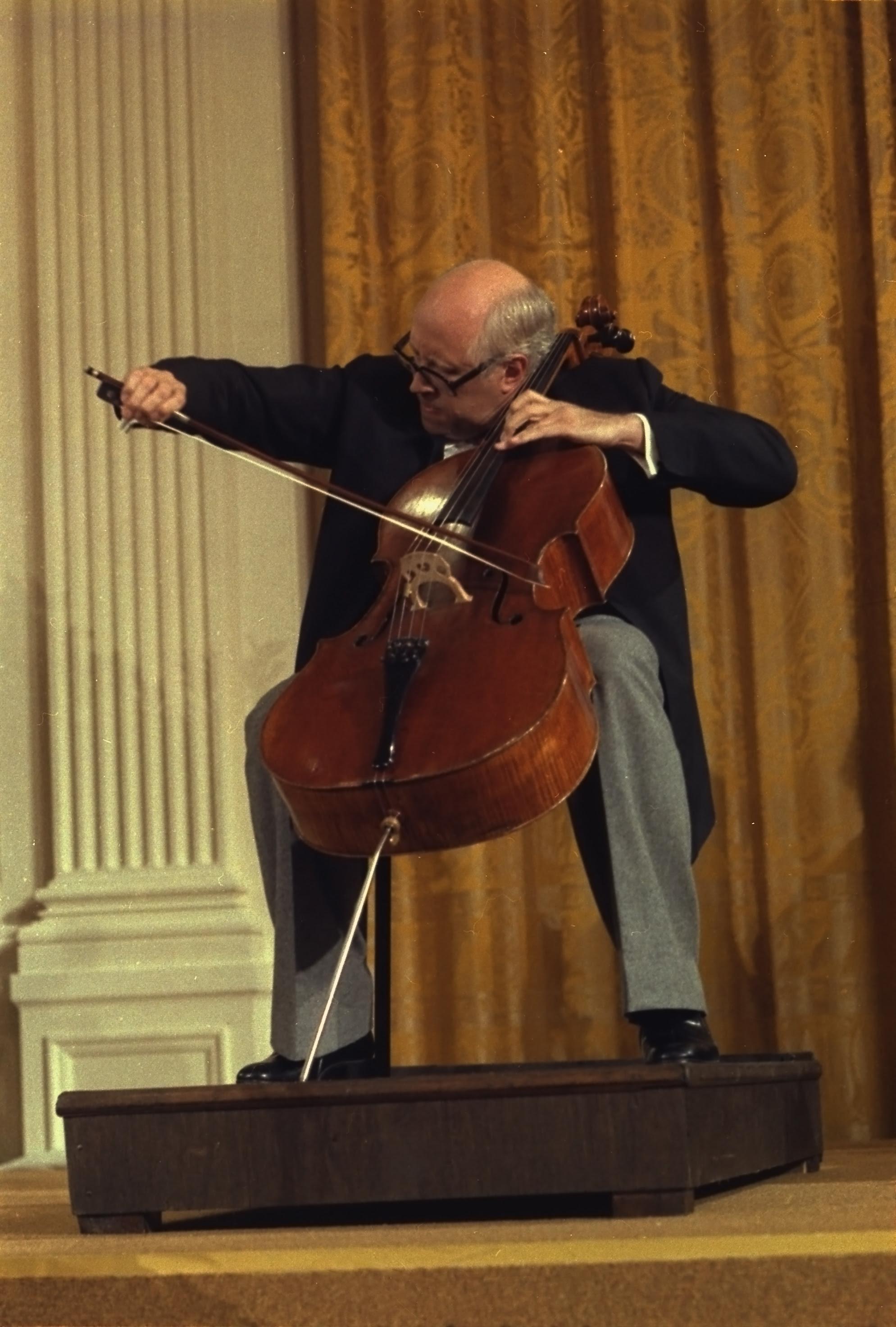 File:Mstislav Rostropovich 1978.jpg
