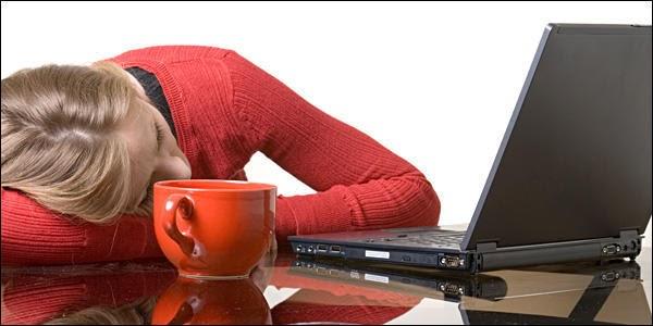 9 μυστικά για να τα βγάζετε πέρα στην δουλειά χωρίς αρκετό ύπνο