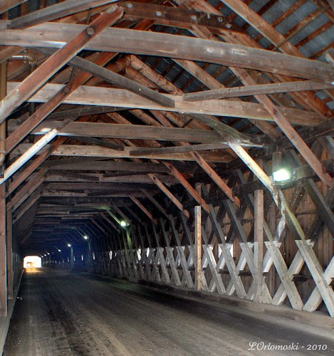 Inside Cornish-Windsor Bridge