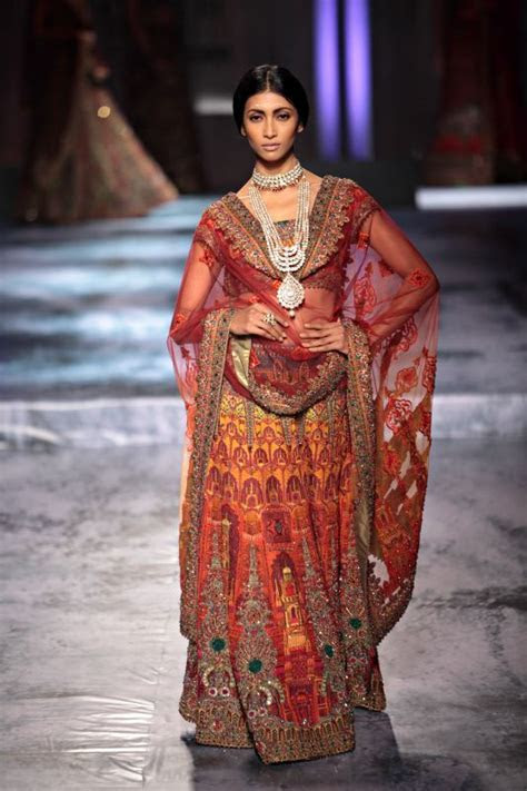 JJ Valaya Classic Embroider Bridal Collection ? Designers