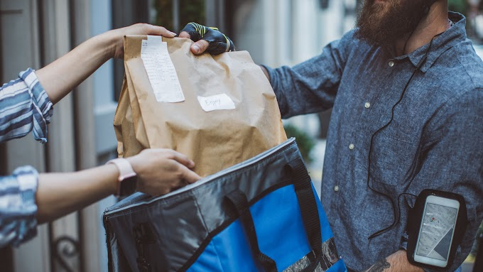 TREND ESSENCE: Food delivery apps: Should you use them?