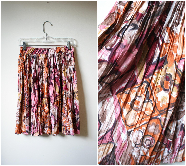 floral print vintage skirt, platinumandrust.com