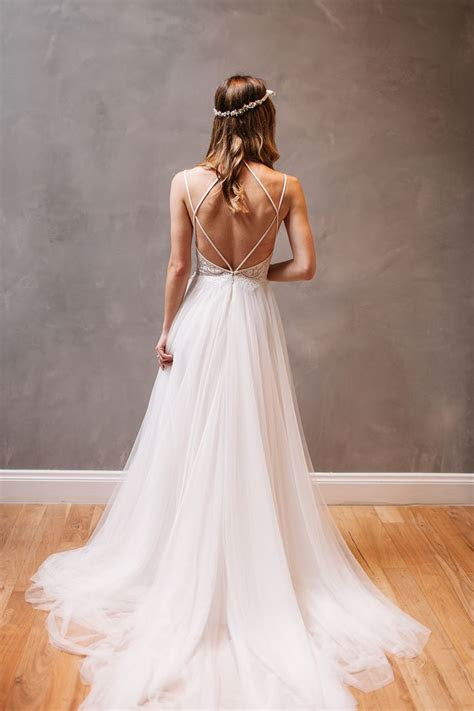 Best 25  Backless wedding ideas on Pinterest   White