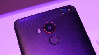 """This upcoming smartphone can """"taste"""" sweetness, measure body fat, and identify counterfeit drugs"""