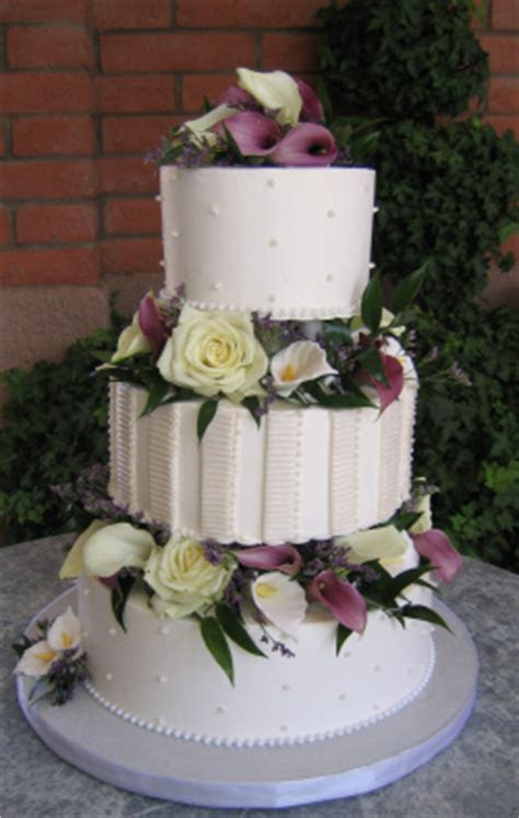 Pillared wedding cakes, Sedona