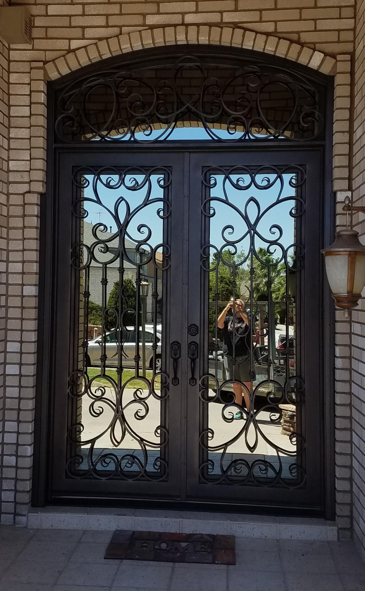 iron main door design photos    800 x 1285
