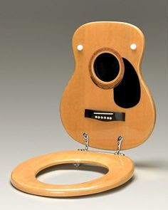 Take a Bathroom Break on a Guitar-Shaped Toilet Seat: Kentucky, USA