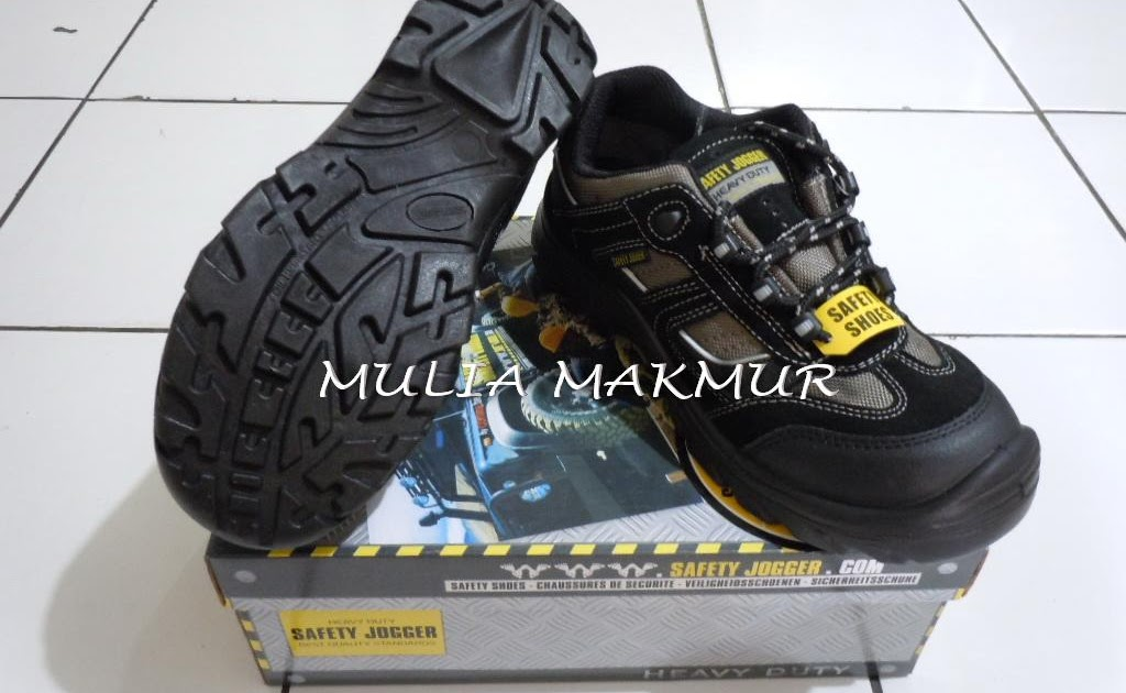 Safety Jogger Safety Shoes Jumper Hitam - Daftar Harga Terkini Indonesia 7839b81578