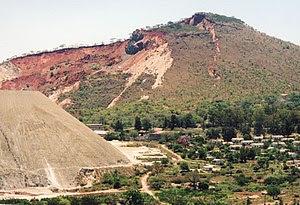 Zimbabwean asbestos mine King Mine, Mashava, f...