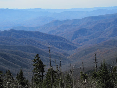 IMG_6505_Mountains_from_Clingmans_Dome_Parking_Area
