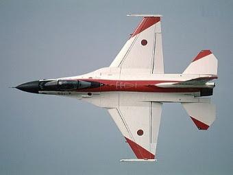 Mitsubishi F-2. Фото с сайта combatace.org