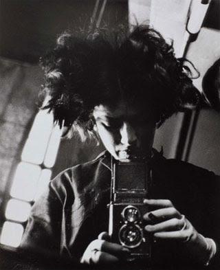 Self-Portrait-1931-by-Eva-Besnyo-320