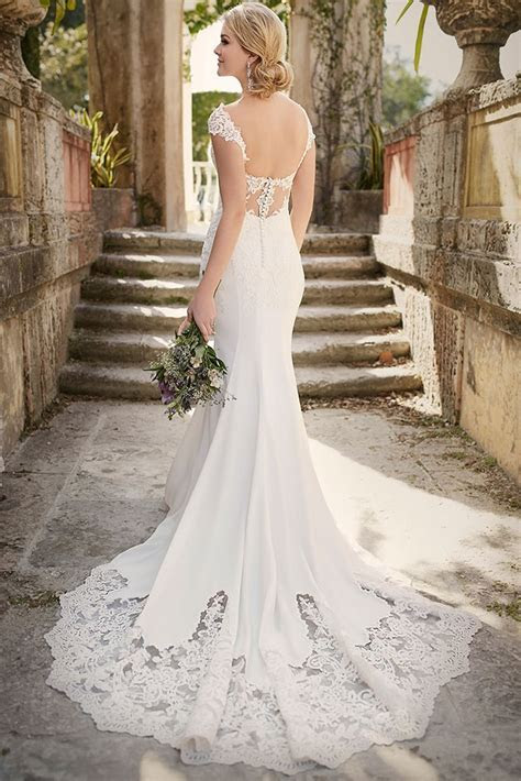 Wedding Dress Alterations and Fittings   hitched.co.uk