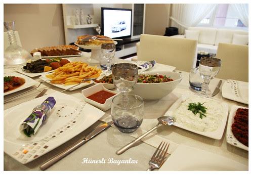 Ülkü'nün Akşam Yemeği Sofrası-3