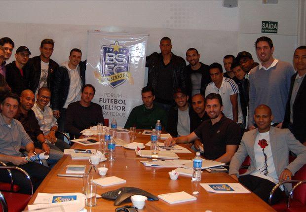 A primeira reunião do Bom Senso FC