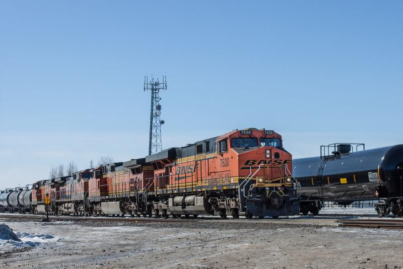BNSF 7630 in Winnipeg