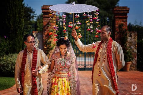 Indian wedding in Tuscany between Florence and Siena