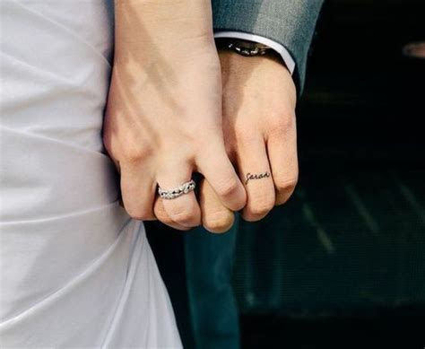 55 Wedding Band Tattoo Ideas To Rock   HappyWedd.com