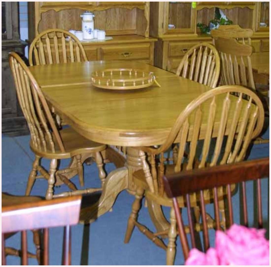 Oak Mennonite Pedestal Table Chairs Lloyd S Mennonite Furniture Gallery Solid Wood Mennonite Furniture Dining Room Tables Kitchen Bedroom Sets