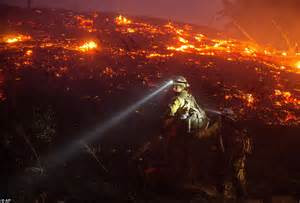 aerial photographs  washington wildfire   thousand