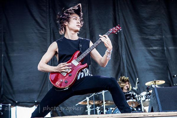 Toru, guitar, One OK Rock